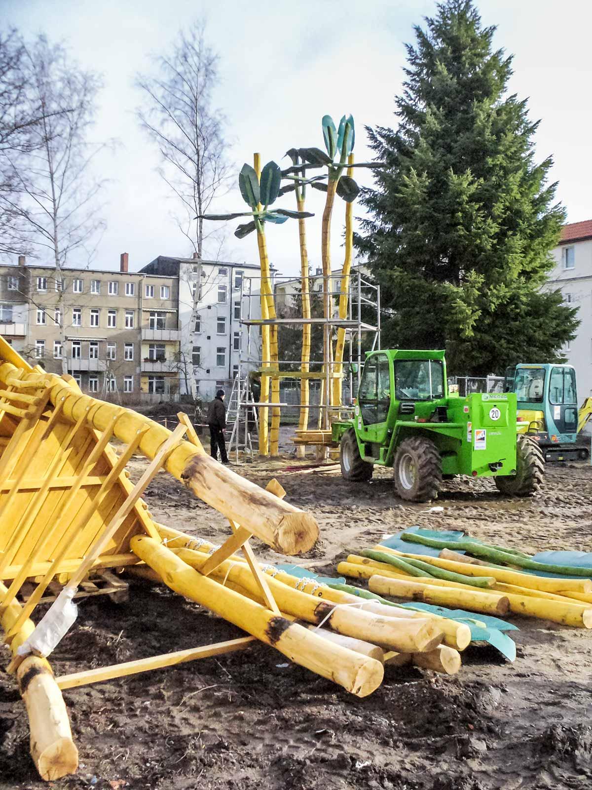 """Spielplatz Müllerstraße """"Dschungeldorf"""""""
